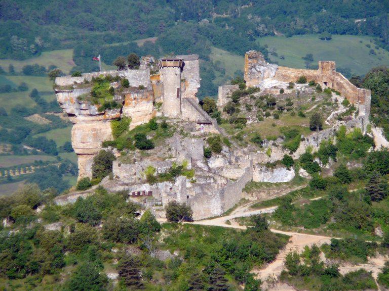 Vue d'ensemble du Château de Peyrelade