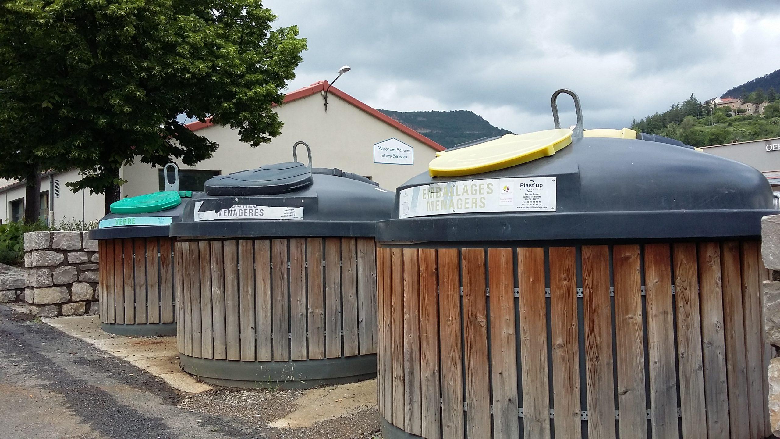 Containers tri sélectif à Rivière-sur-Tarn